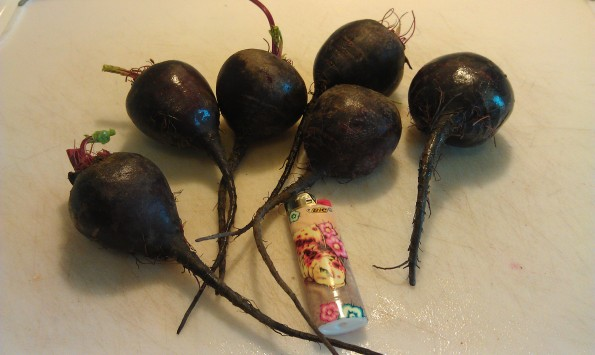 organic beets, tops removed